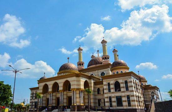 Santapan Enak Ala Nasi Box dekat Masjid Agung Al Aqsha Klaten